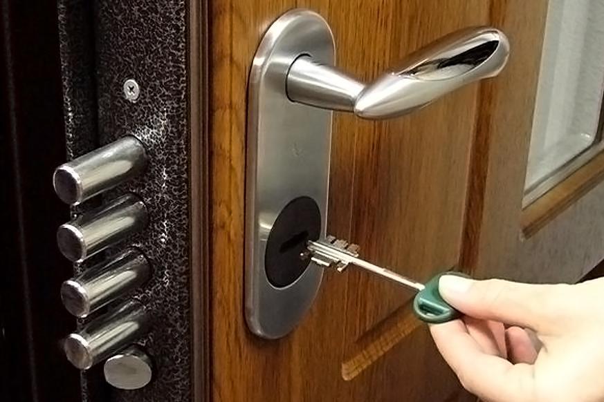 Замена дверного замка профессионалами